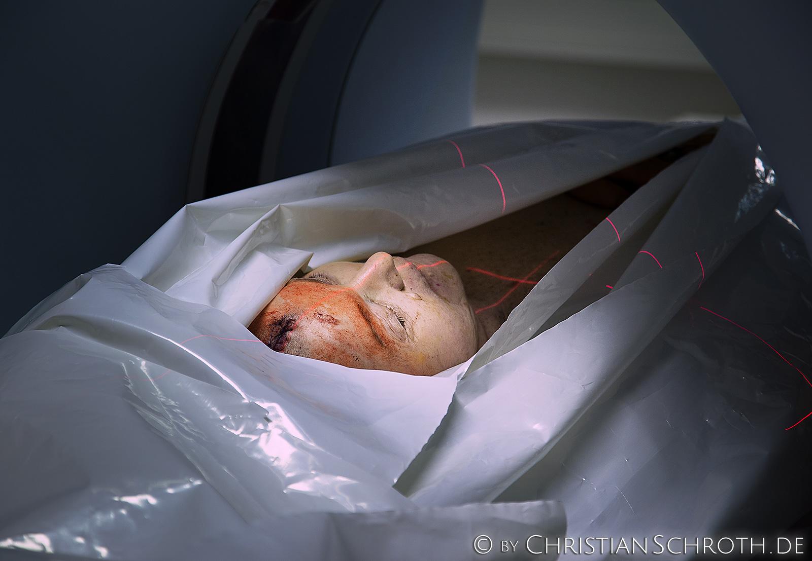 Der Leichenscanner der Pathologie der Charité Berlin